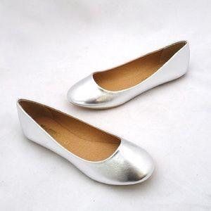 ShuShop Shoes - Silver Flats by ShuShop