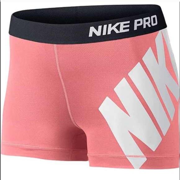 new concept 9087d acecc Women s Nike Pro 3