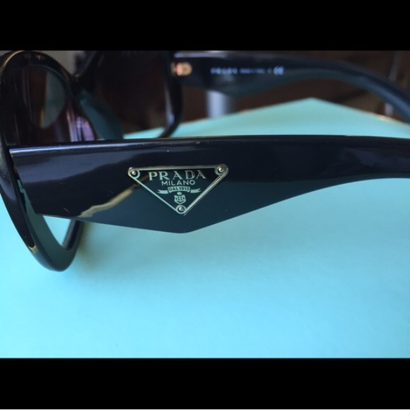 fc4fc667f4a2 Authentic Prada Sunglasses Heritage Collection. M 568cba847eb29f28560bc716.  Other Accessories ...