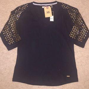 Akoo Sweaters - Akoo sweater shirt medium NWT