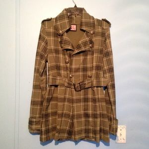 Plaid Green Coat. WILL ACCEPT OFFERS.