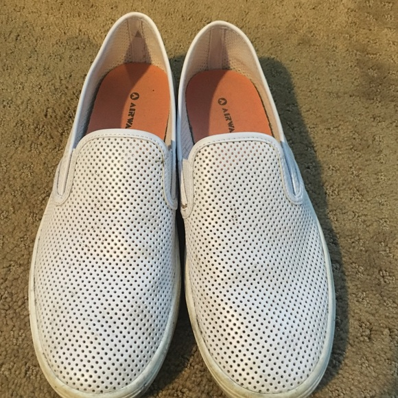 Airwalk Shoes | White Leather Slip Ons