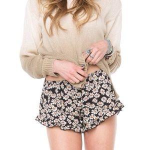 brandy melville daisy shorts