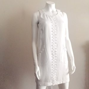 White Sleeveless Crochet Detail Dress with Pockets