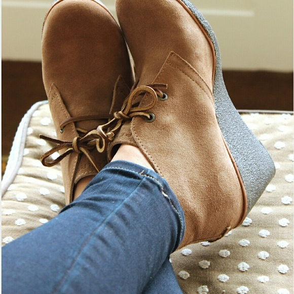 9a1d0ee2312 Sperry Harlow Wedge Bootie. M 568b204c7e7ef616df09fee4