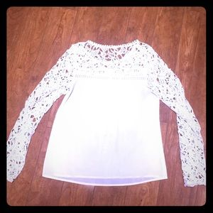 White lace sleeved blouse