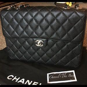 ad7e630fe308 Chanel east west ivory caviar Chanel vintage jumbo caviar silver hw ...
