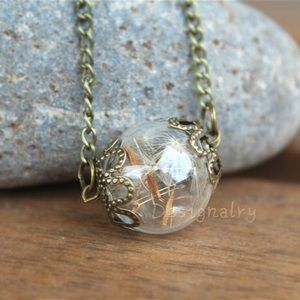 Jewelry - Real dried dandelion seeds necklace