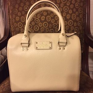 Nwt Kate spade alessa Wellesley in porcelain