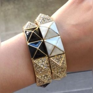T&J Designs Jewelry - BLACK PYRAMID BRACELET