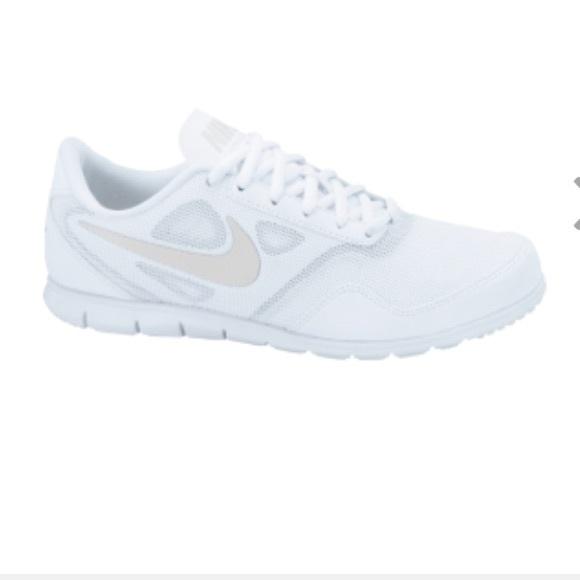 Nike Women s Cheer Compete Shoe. M 568bf07901985e9ef20ac81a 8f651616a