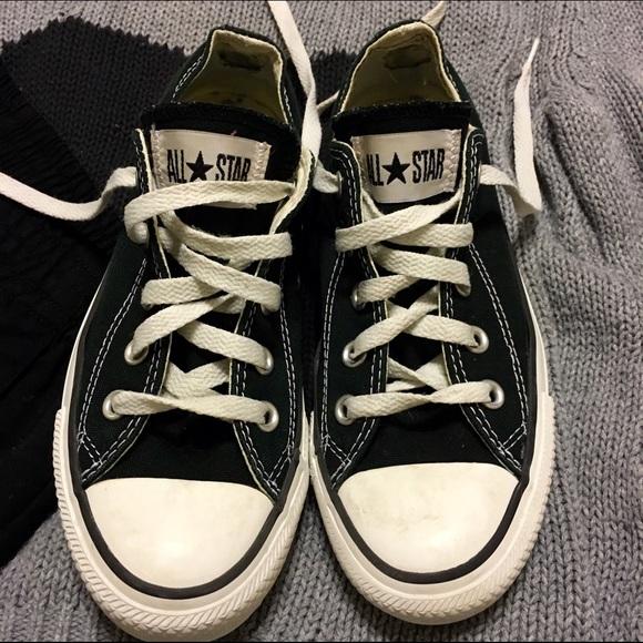 2521bce2733 Converse Shoes - Black Converse low cut