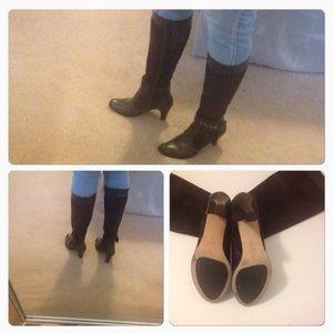 Vaneli Shoes - Vaneli Brown leather and suede boots