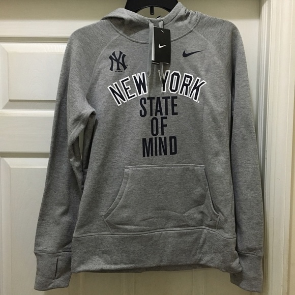 superior quality efe31 b8a36 Nike New York Yankees hoodie medium brand new gray Boutique