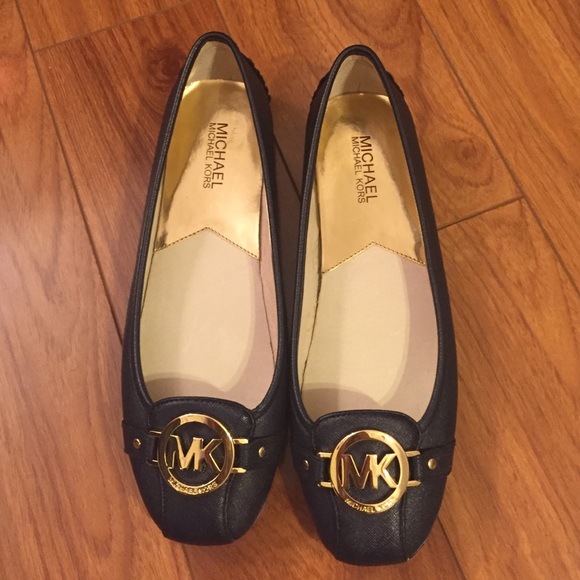 35f22e3a6f6a8 Buy new mk shoes   OFF75% Discounted