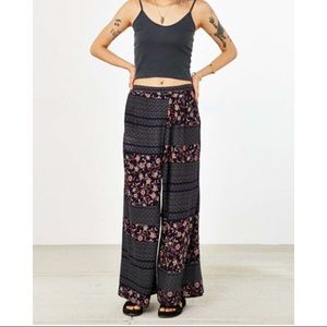 Ecote Patched Crossover Wide-Leg Pant