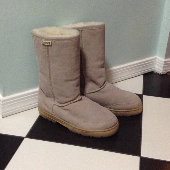 how to clean salt off bearpaw boots