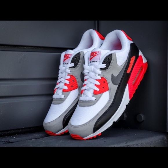 brand new e688b 37d5d WOMENS Air Max 90 OG