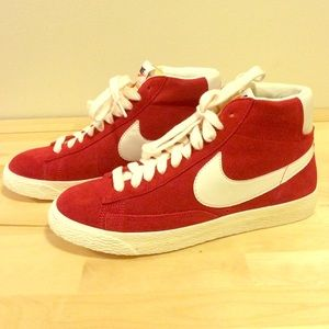 Nike Blazer Rouge Pompes En Daim Cru WmnNdMXM2