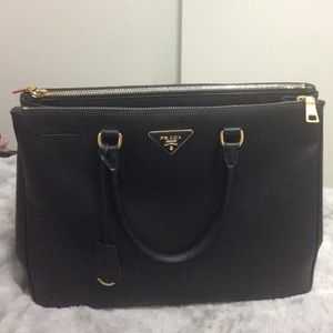 burgundy pradas - 40% off Prada Handbags - AUTHENTIC Prada Saffiano Lux Executive ...