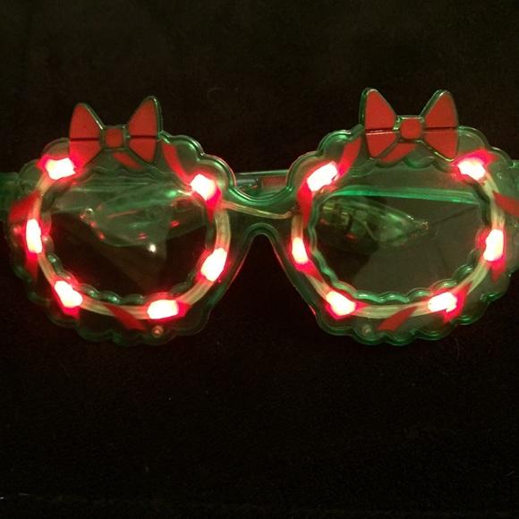 light up christmas glasses