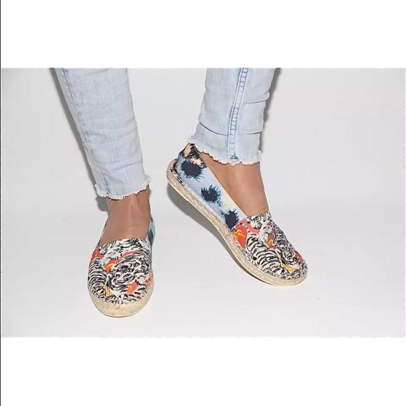380f719bf Kenzo Shoes | Paris White Tigerprint Canvas Espadrilles | Poshmark