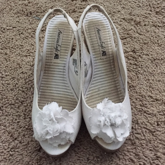American eagle by payless shoes white flower wedges poshmark white flower wedges mightylinksfo