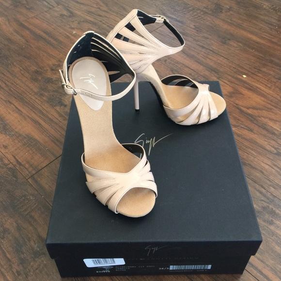 1dbcf726d1cc Patent Leather Nude Giuseppe Zanotti Sandals