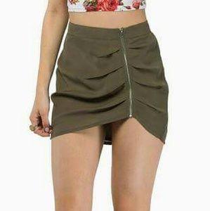 Tobi exposed mini skirt olive green