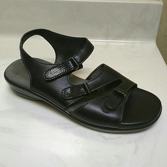 de987dbaa3b5 SAS Tabby sandal. M 568d52d841b4e0b5f6003207