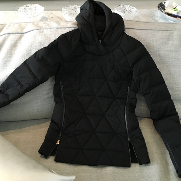 62% off lululemon athletica Jackets & Blazers - Lululemon pullover ...