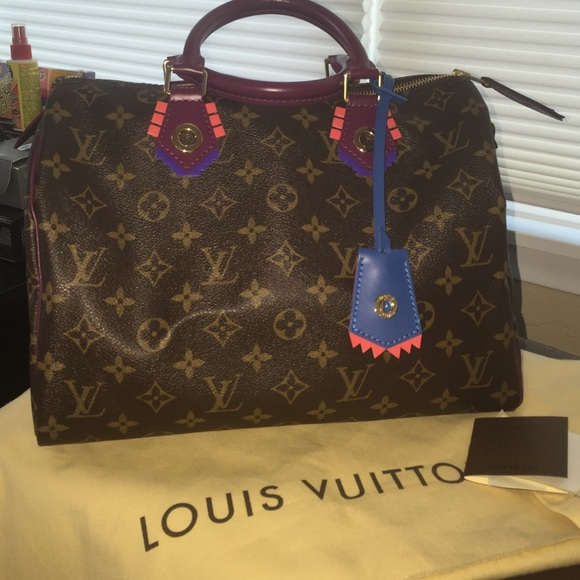 b5bf84d93bd1 Louis Vuitton Handbags - Louis Vuitton TOTEM collection Speedy