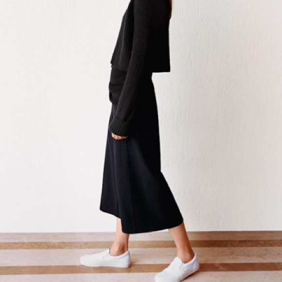 17% off UNIQLO Pants - Uniqlo x Lemaire wool gaucho pants from ...