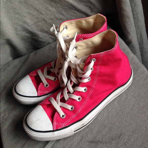 0f3ffbb98c5 Converse Shoes - Hot pink high top Converse women s size 8