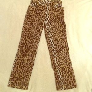 Aunthetic Moschino high waisted pants