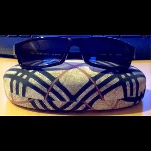 burberry blue sunglasses j3bx  Burberry 130
