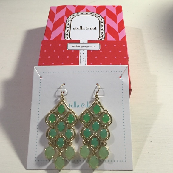 Nib Stella Dot Hannah Green Chandelier Earrings
