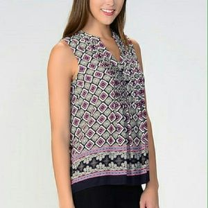Short Sleeve V Neck Top