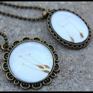 Jewelry - Pressed dandelion seeds necklace