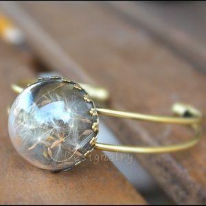 Jewelry - Dandelion good luck bangle