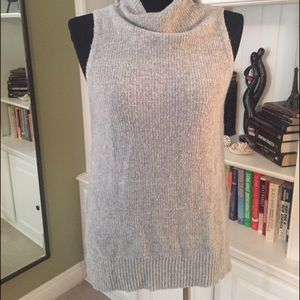 Tops - Worn once sleeveless grey sweater