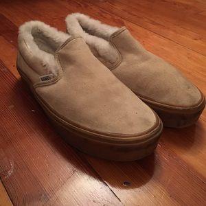 VANS fur lined suede slip on sneaker