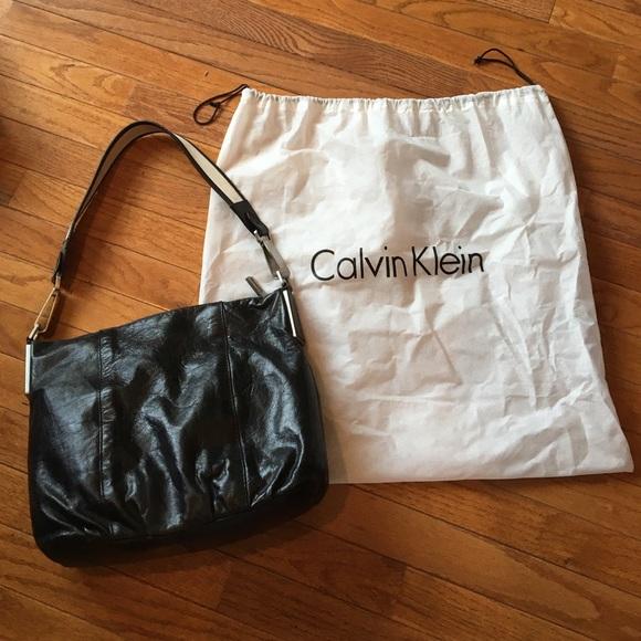 c63f375404f1 Calvin Klein Handbags - Calvin Klein bag w dust cover