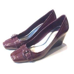 Bandolino Plum Wedge Shoes