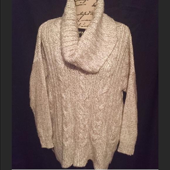 8aedcfced Jennifer Lopez Chunky Beige Cowl Neck Sweater M