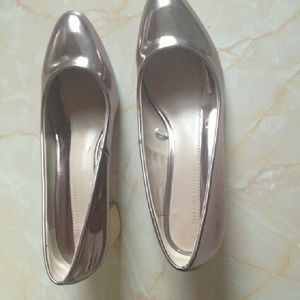 Zara Shoes - Brand new silver shoes