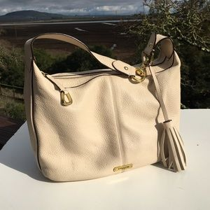 Coach Avery F23960 Beige Pebbled Shoulder Bag