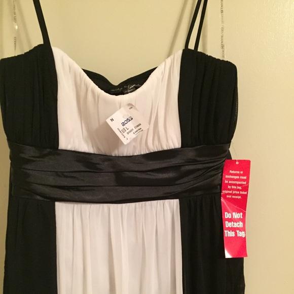 City Triangles Dresses Reposh Item Nwt Bw Semi Formal Dress Poshmark