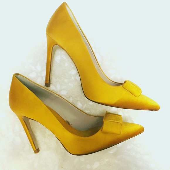 37% off Zara Shoes - ❌SOLD❌Zara Gold/Yellow Satin Heels from S's ...