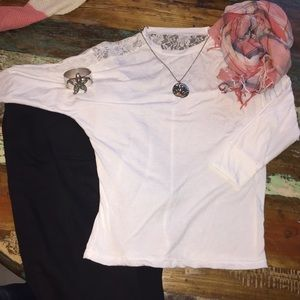 Tops - •white lace top•